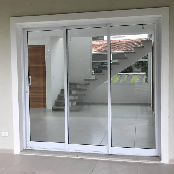 Esquadria para Portas de Alumínio